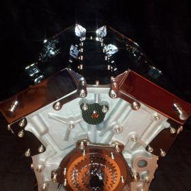 British V12 – alu & chrome 4